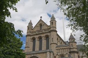 Belfast Kathedrale keltisches Kreuz in St. Annes Kathedrale das größte Kreuz in Nordirland foto