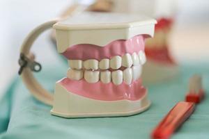 Zahnarztpraxis Zahnarzt Werkzeuge Zähne Modell foto