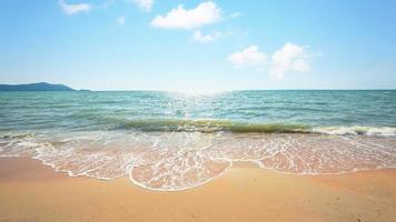 schöner strand in thailand foto