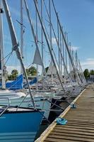Luxus-Schnellboote in der dänischen Hauptstadt Kopenhagen angedockt foto