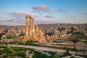 Herkulestempel auf der Zitadelle von Amman in Jordanien foto