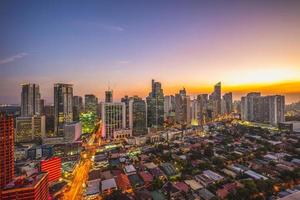 Skyline von Makati in Manila, Philippinen foto