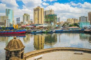 Blick auf Manila am Pasig River von Santiago Fort auf den Philippinen foto