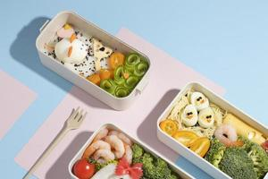 das japanische Bento-Box-Arrangement foto