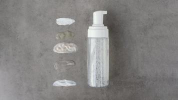 Beauty-Selbstpflegeprodukte-Arrangement foto