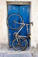 rostiges altes Fahrrad foto