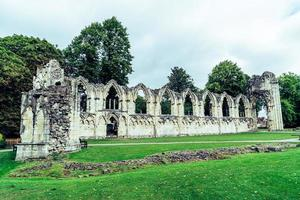 st. Mary's Abbey, Museumsgarten in York City, England foto
