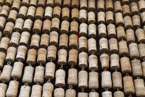 Textur von Reihen von Flaschenkorken foto