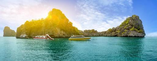 ko lanta nationalpark königin des meeres in thailand foto