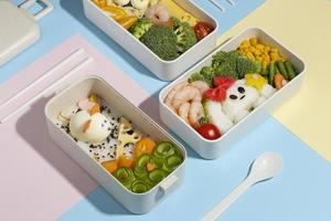 Draufsicht Zusammensetzung Essen japanische Bento Box foto