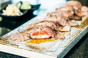 Wagyu-Rindfleisch-Sushi foto
