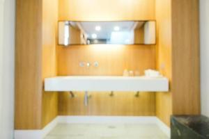 abstrakte Unschärfe defokussiert Bad- und Toiletteninnenraum foto