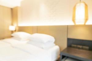 abstrakte Unschärfe und defokussiertes Hotel-Resort-Schlafzimmer für den Hintergrund foto
