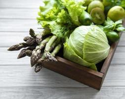 gesunder vegetarischer lebensmittelkonzepthintergrund foto