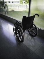 Rollstuhl im Krankenhaus foto