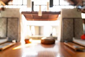 abstrakte Unschärfe und defokussierte Hotellobby für den Hintergrund foto