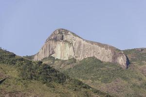 Blick auf die Cuca-Steinspur in Petropolis foto