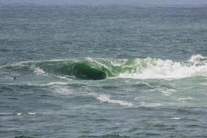 Welle am Vidigal Beach, bekannt als Sheraton Slab in Rio de Janeiro foto