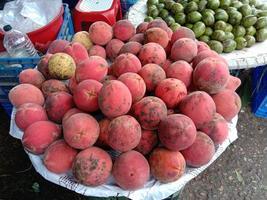 leckere und gesunde samtige Apfelbrühe foto