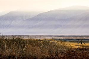 Owens Lake Kalifornien bei Sonnenuntergang foto