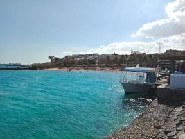 die schöne aussicht auf den strand von hurghada stadt, ägypten foto