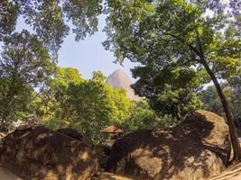 der verlorene gipfel in rio de janeiro, brasilien foto