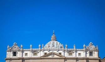 St. Peter Basilika Kuppel im Vatikan v foto