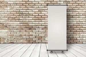 Roll-up-Banner-Vorlage auf leerem Raum mit Ziegelwand und Holzboden foto