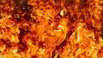 Feuerflammen auf schwarzem Hintergrund der abstrakten Kunst foto