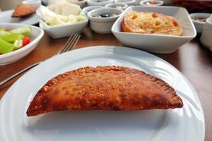 traditioneller türkischer Frühstückstisch foto