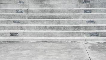 leere Steintreppe für den Hintergrund foto