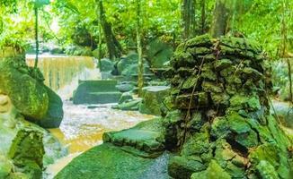 tar nim wasserfall und geheimer magischer garten koh samui thailand. foto