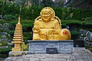 große buddha-statue foto