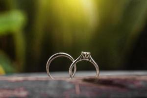 Verlobungsringe, Eheringe foto