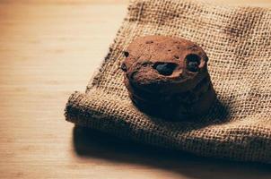Schokoladenkekse mit Chips, hausgemachte Kekse foto