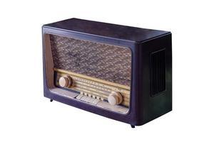 altes Retro-Radio isoliert. foto