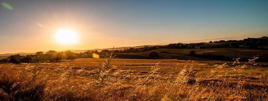 Banner mit Sonnenuntergangsfotos erstellt foto