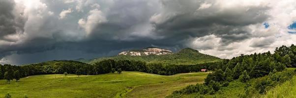Landschaften in der Nähe von Lake Jocassee und Table Rock Mountain South Carolina foto