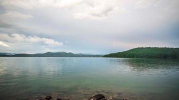 schöne Landschaftsszenen am See Jocassee South Carolina south foto