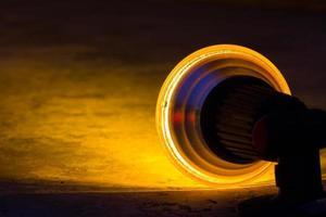 Rückansicht des gelben Scheinwerfers foto