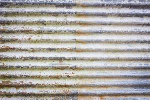 Nahaufnahme von rostigen und alten galvanisieren Eisen foto