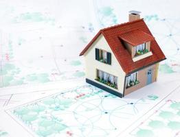 zweistöckiges kleines Haus foto