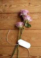 Draufsicht Blumen Hinweis Anordnung foto