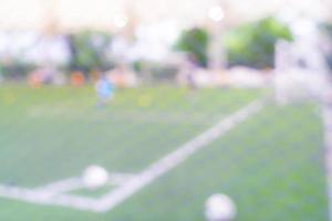 abstrakter verschwommener Fußballplatz foto