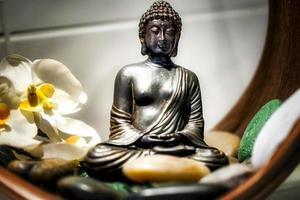 fernost religion symbol buddha skulptur foto