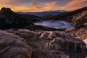 Sonnenaufgang am St. Marys Glacier foto