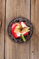 mit Käse gefüllte rote Paprika foto
