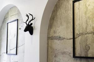 Loft-Zimmer im modernen und industriellen Stil foto