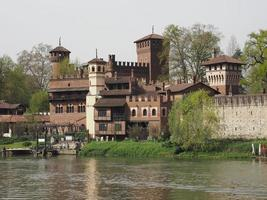 mittelalterliche burg in turin foto