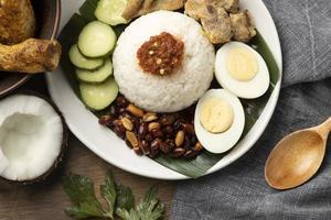 traditionelle Nasi Lemak Mahlzeit Zusammensetzung foto